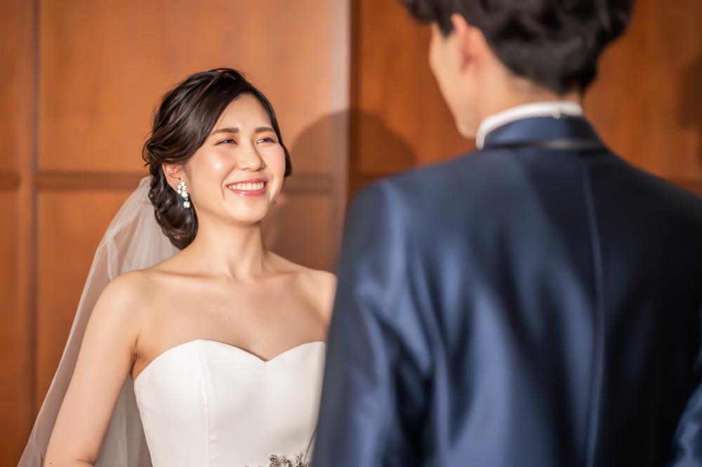 「2人で結婚式」ならブライダルメイクもセット